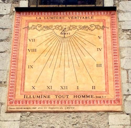 photos, Die, Drôme, cathédrale, cadran solaire, vitraux, Dieu,  autel, vierge, Notre-Dame, gothique, roman, religion, catholique, cadran solaire, colonnes, tourisme