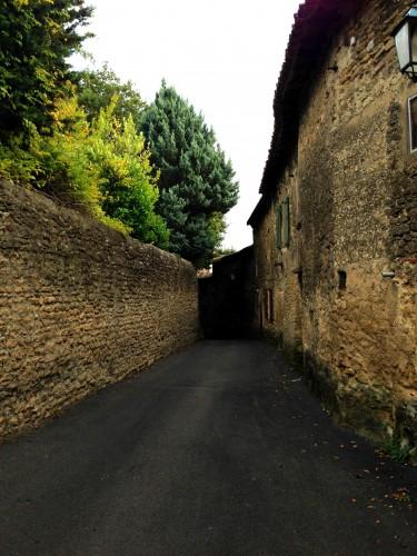 photos,village,château fort,lavoir,édifice,ruelles,tourisme,drôme,pavés,murs,fortification,privé,jardins,moyen-âge,pierre,donjon,tour,étoile sur rhône