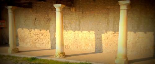 art, Livron, drôme, village, colonnes, voûte, rocher, pierre, église, tourisme
