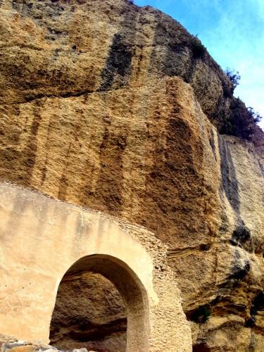 photos, Vaison-la-romaine, cité, médiévale, ponts, rochers, arcades, château fort, tour, vaucluse, fortifications,vestiges, cité, hauts, village, moyen-âge, art,