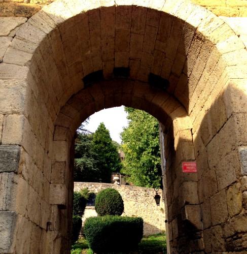 photos,château fort,moyen-âge,pierre,donjon,tour