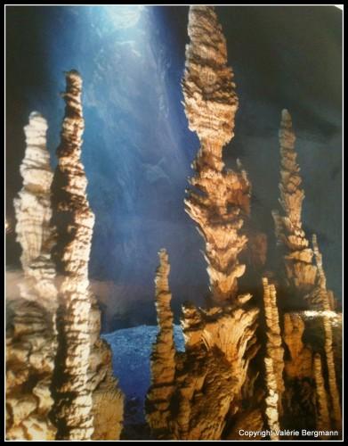 photo,grotte, Magnan, st-marcel, ombre, lumière,tourisme
