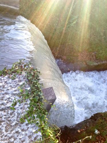 photo, photo d'eau, cascde, nature, st rémy de provence, écume