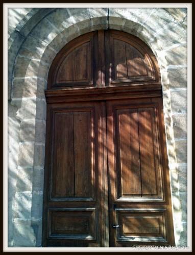 église,ardèche,parvis,chapelle,bourg sait andeole, Coux,ombres,lumières