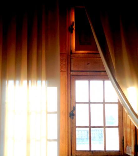 photos, art, Grignan, château, mobilier, éclairage, fenêtres, meurtrières, Drôme