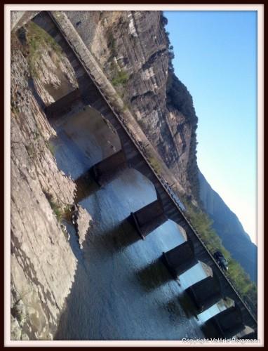 photo, Ardèche, grotte,ombres, vallon pont d'arc, ruoms,lumière, route, ciel, nature, paysage