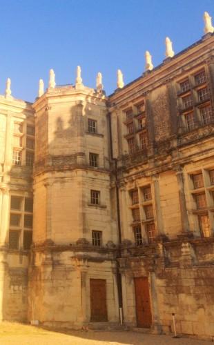photos, Château de Grignan, histoire, renaissance, moyen-âge, tourisme, Drôme, marquise de Sévigné, panorama, jardin, terrasse, détails